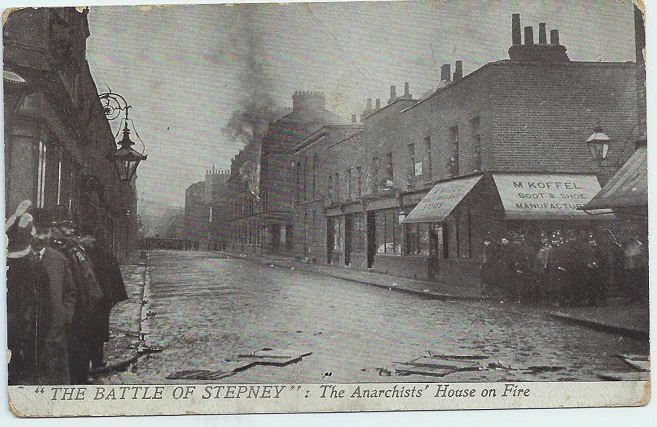 A contemporary postcard showing the Siege of Sidney St.